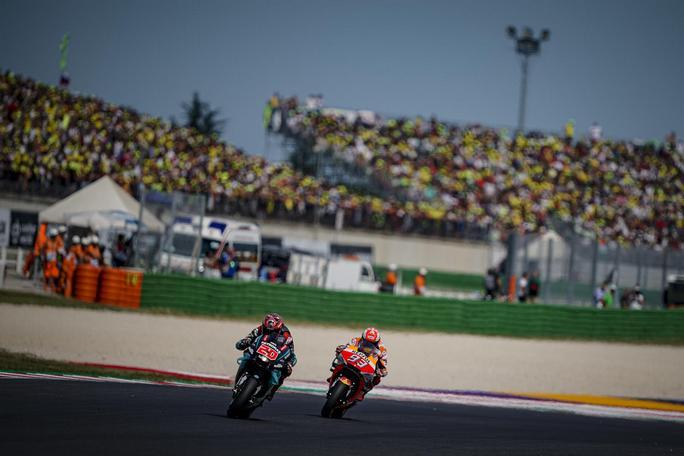 MotoGP | GP Aragon: La gara in diretta (live e foto) – Marquez stravince, Dovizioso e Miller a podio