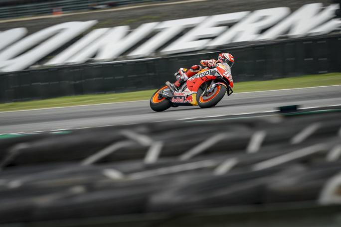 MotoGP | GP Thailandia: La gara in diretta – Marquez vince ed è campione!