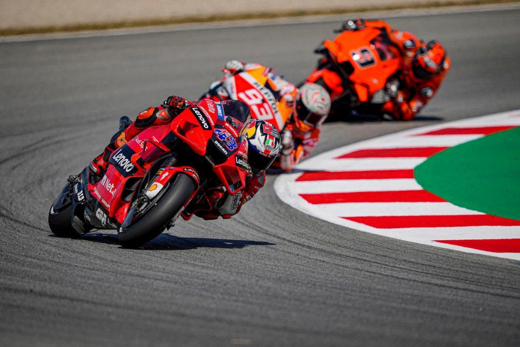MotoGP | GP Barcellona: la Gara in DIRETTA (live e foto)