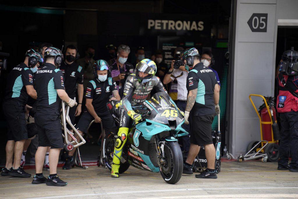 MotoGP | Test Barcellona in DIRETTA (live e foto)